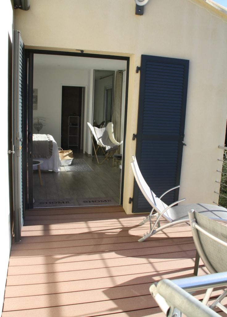 Terrasse de la chambre Argentella à L'Oliveraie du Fango