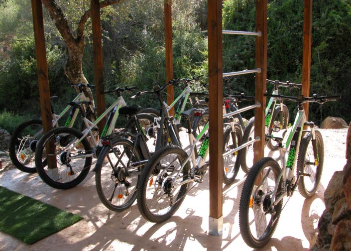 Profitez de notre location de vélos électriques - VTT et vélo de ville !